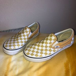 Classic Slip On Checkered Vans (Ocre)
